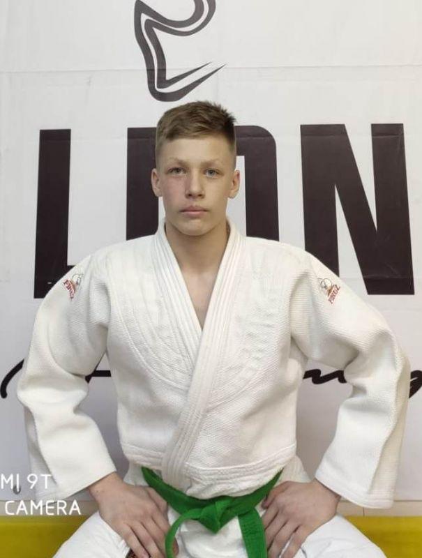 Кручинин Савелий (сборная команда Российской Федерации 2020 года, юниоры до 18 лет)