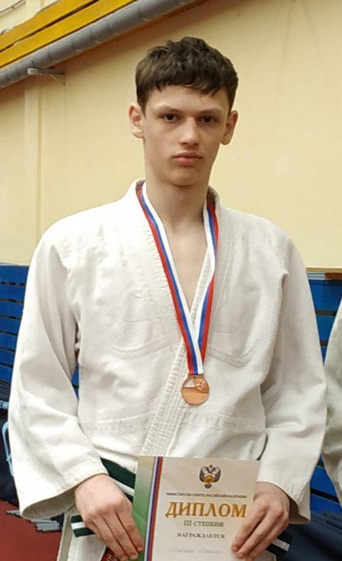 Поздравляем с Днём Рождения Максима Щербакова! Желаем Ему Здоровья и Успехов в Учёбе и Спорте!