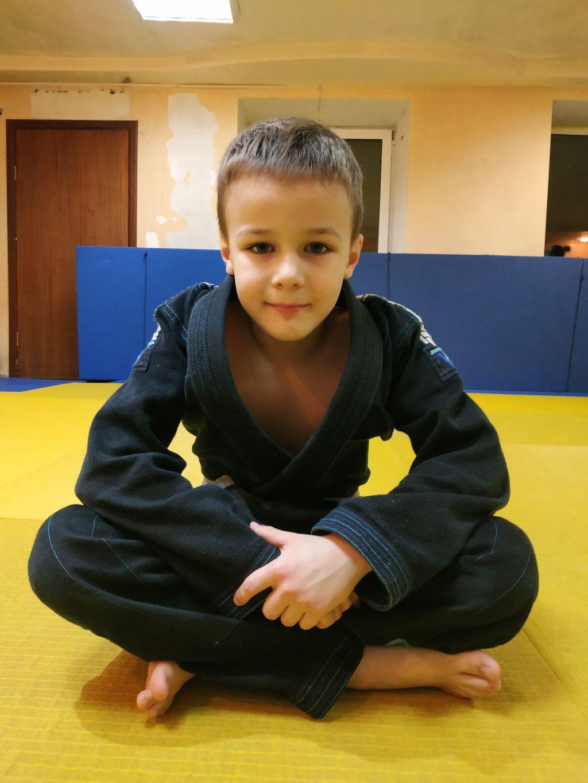 Поздравляем с Днём Рождения Данилу Бандурина! Желаем Ему Здоровья и Успехов в Учёбе и Спорте!
