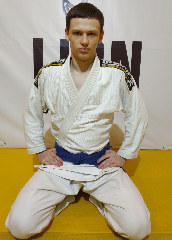 Щербаков Максим Юрьевич (мужчины, юниоры 18-20 лет)