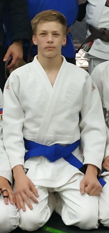Кручинин Савелий Николаевич (юниоры 16-17 лет)