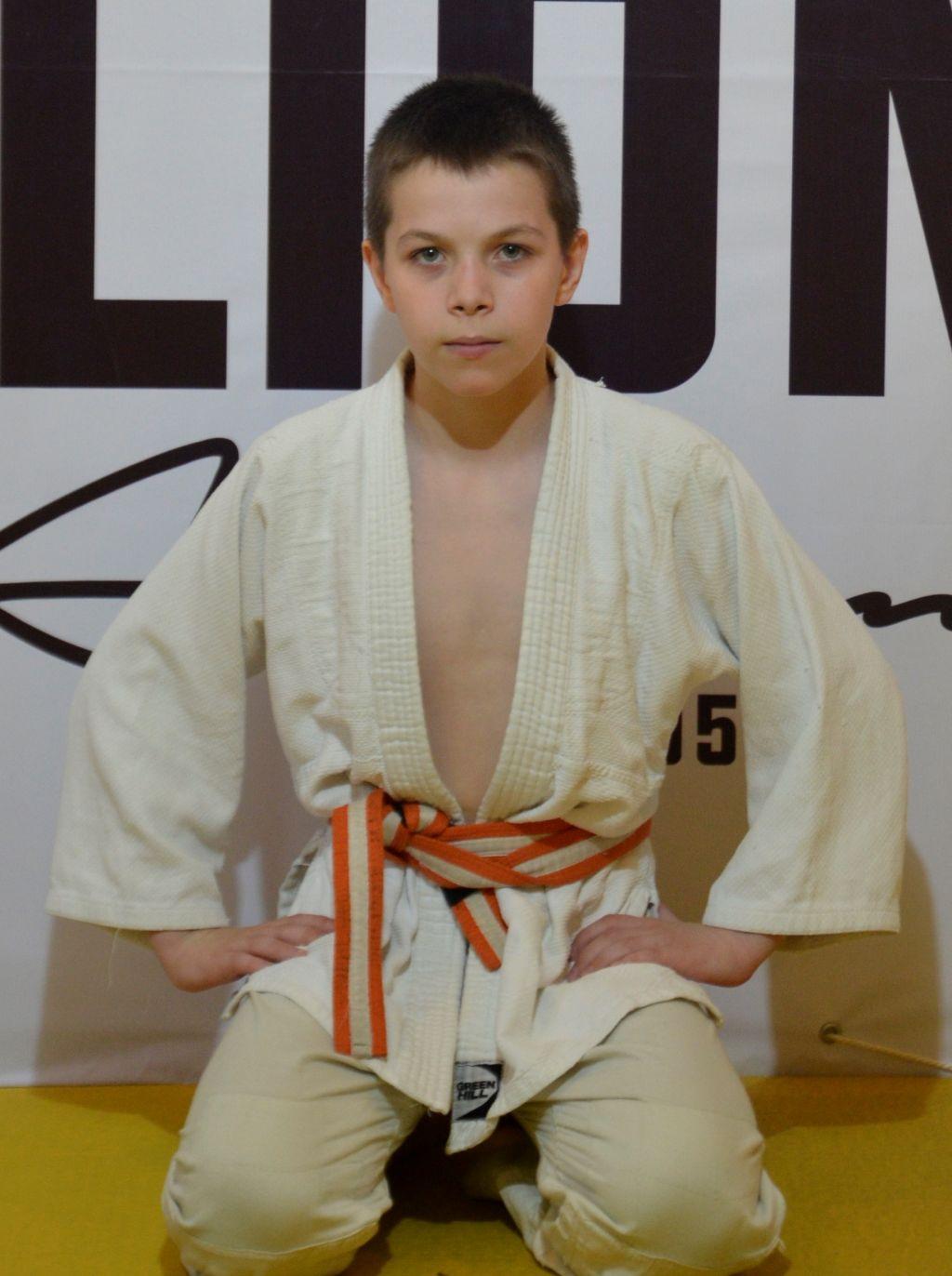 Мудров Артём Сергеевич (юноши 14-15 лет)
