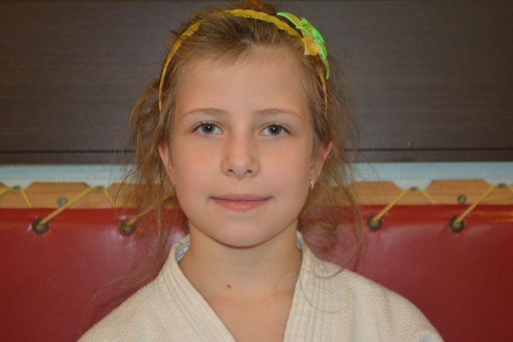 Поздравляем с Днём Рождения Полину Соцкову! Желаем Ей Здоровья и Успехов в Учёбе и Спорте!