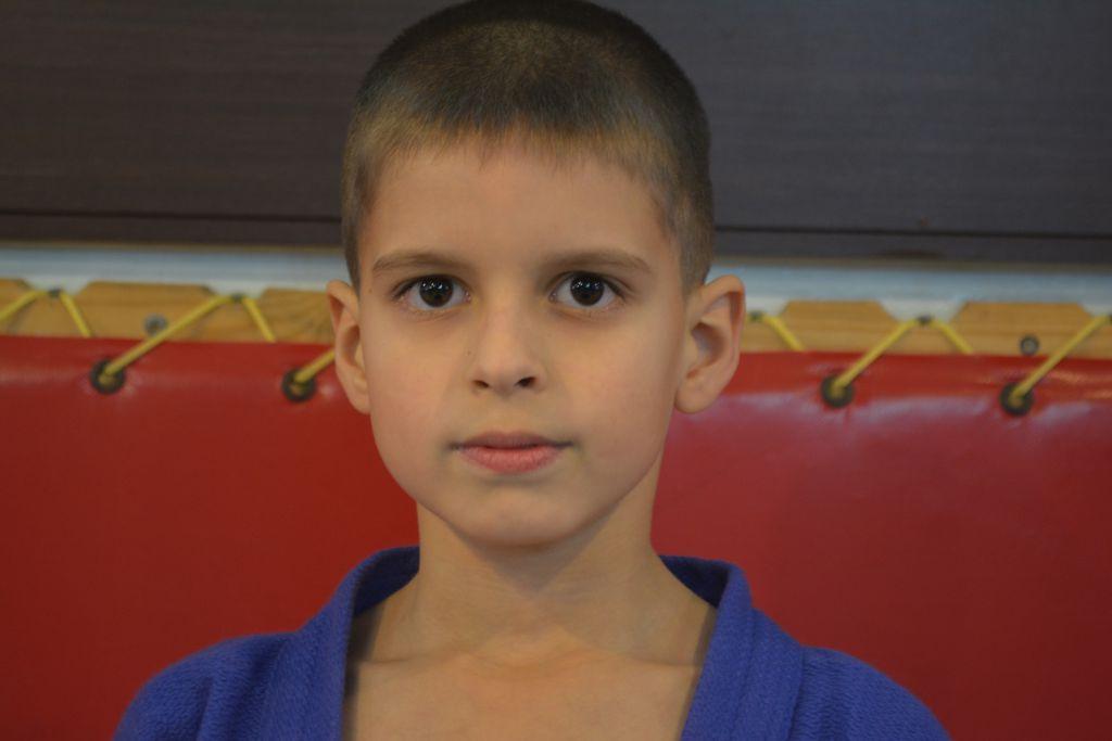 Поздравляем Ефиманова Николая с Днём Рождения ! Желаем Ему Здоровья и Успехов в Учёбе и Спорте!