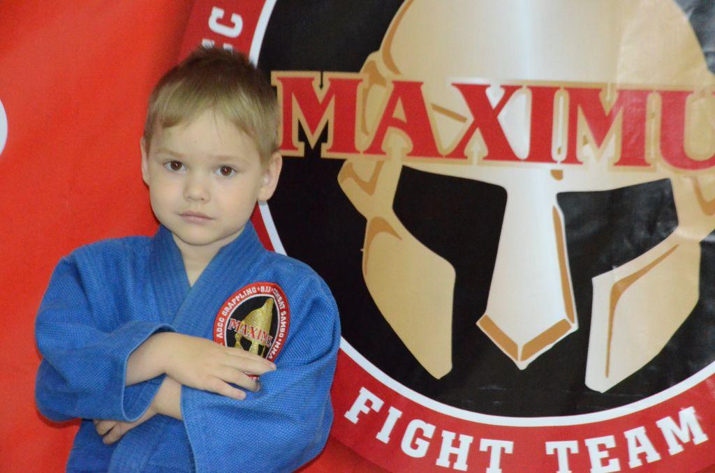 Поздравляем Даниила Бухалова с Днём Рождения! Желаем Ему Здоровья и Успехов во всём!