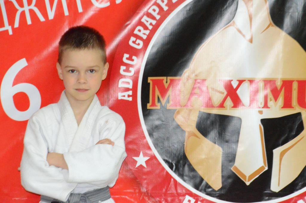 Поздравляем Белякова Артёма с Днём Рождения!Желаем Ему Здоровья и Успехов в Учёбе и Спорте!