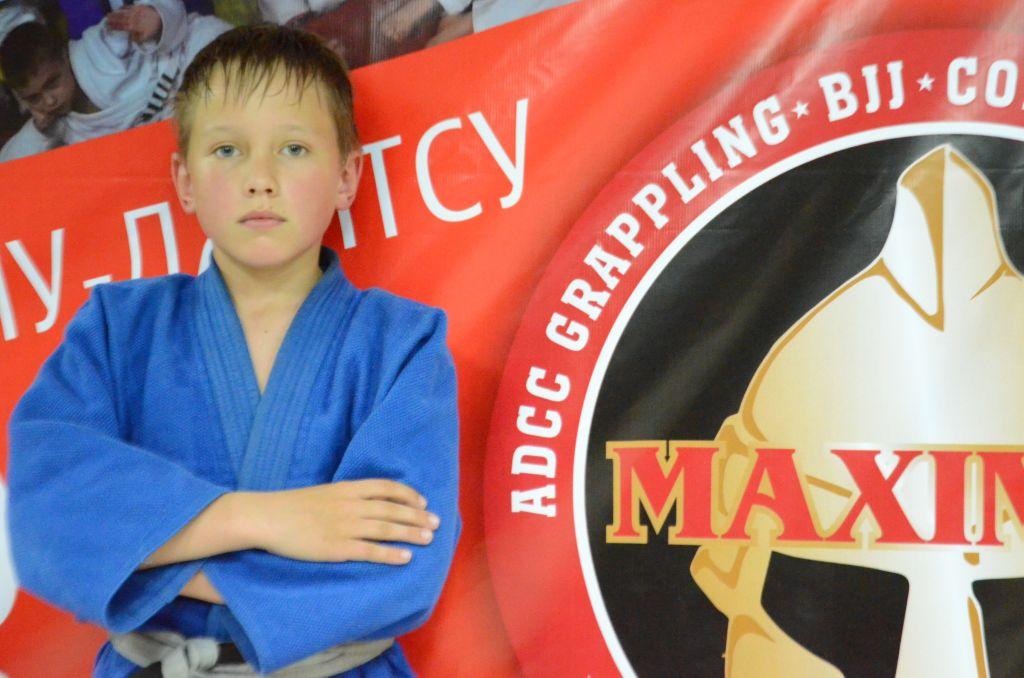 Поздравляем с Днём Рождения Илью Кузнецова! Желаем Ему Здоровья и Успехов в Учёбе и Спорте!